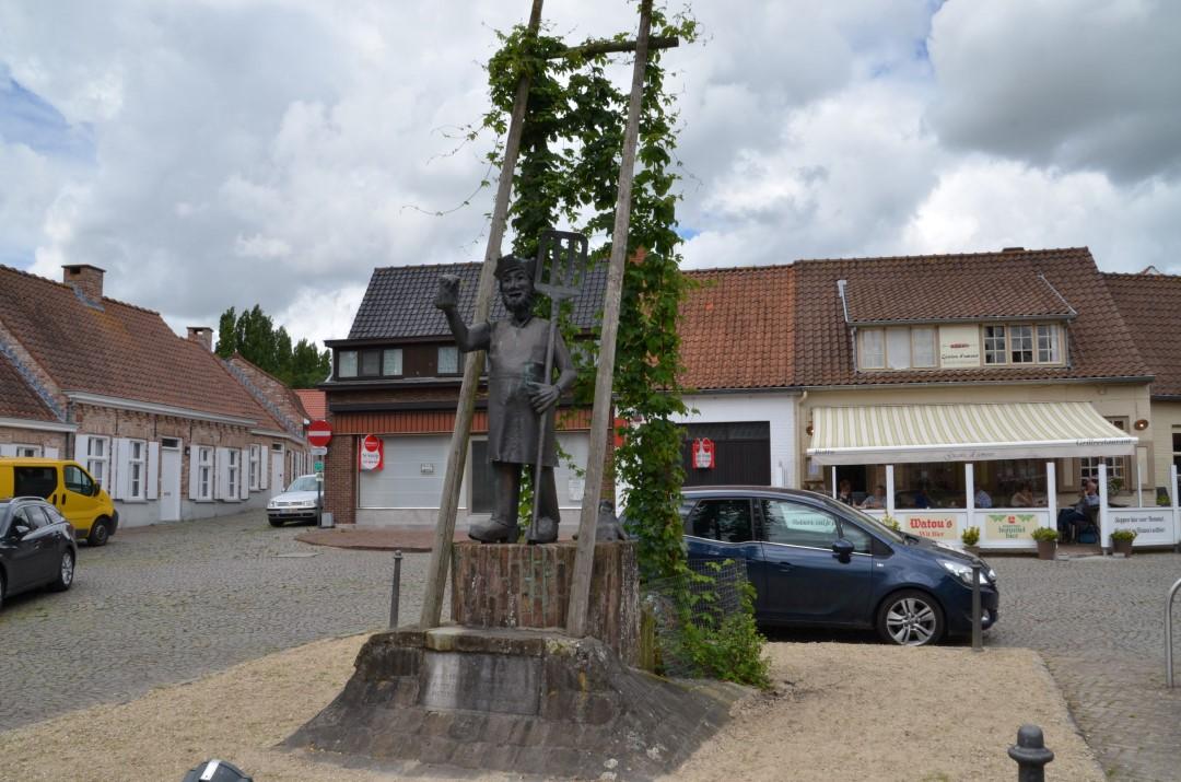 &copy Copyright - vlaanderen-fietsland.be - Jean-Pierre Lapere (Auteur)