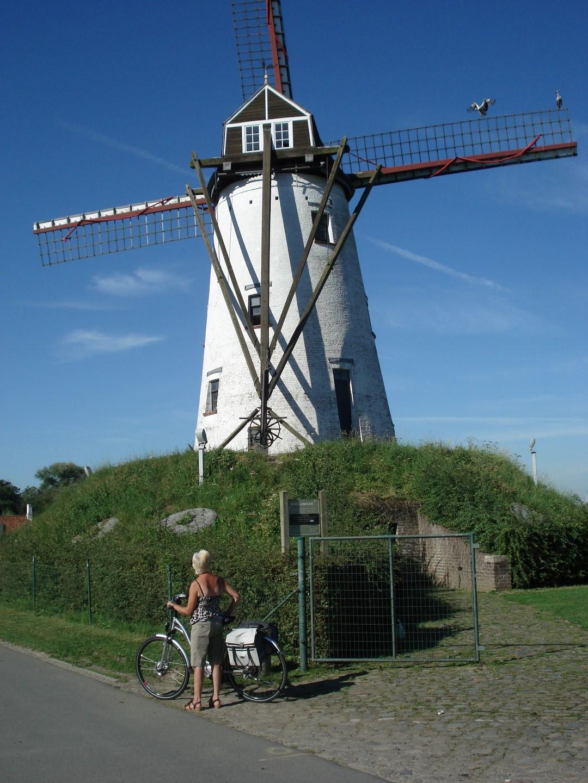 © Copyright - vlaanderen-fietsland.be - Daniel Van den Bulcke (Auteur)