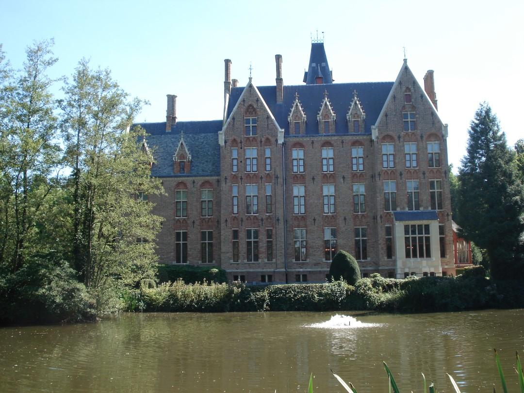 &copy Copyright - vlaanderen-fietsland.be - Daniel Van den Bulcke (Auteur)