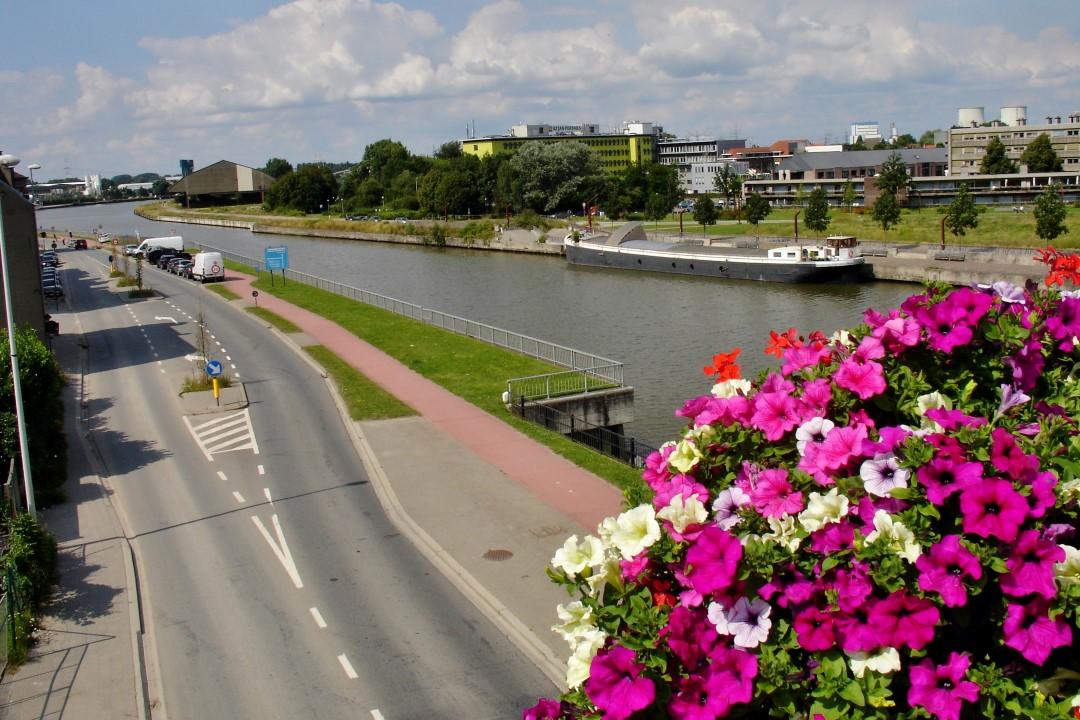 &copy Copyright - vlaanderen-fietsland.be - Luc Larivière (Auteur)